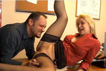 Pornósztár - Sarah Vandella