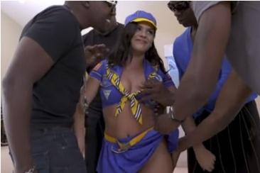 Keisha Grey - gangbang fekete srácokkal