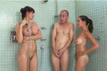 Eva Karera - szívesen tanítalak szexelni!