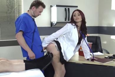 Pornósztár szex - Monique Alexander